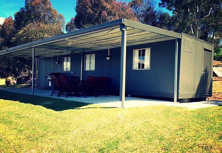 Lake Lyell Cabins Lithgow Tourism