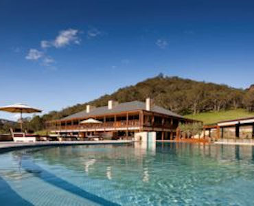 luxury resorts & spas
